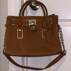 Michael Kors Lock purse